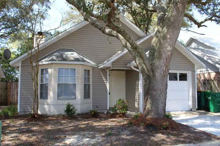8 FOREST BREEZE COURT FORT WALTON BEACH FL