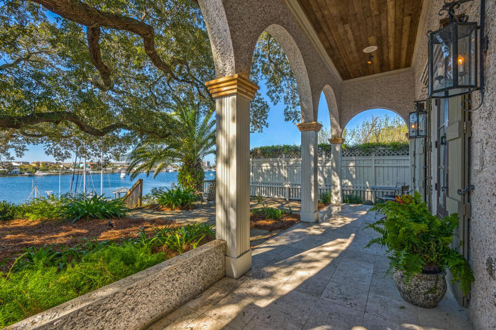 624 HARBOR BOULEVARD DESTIN FL