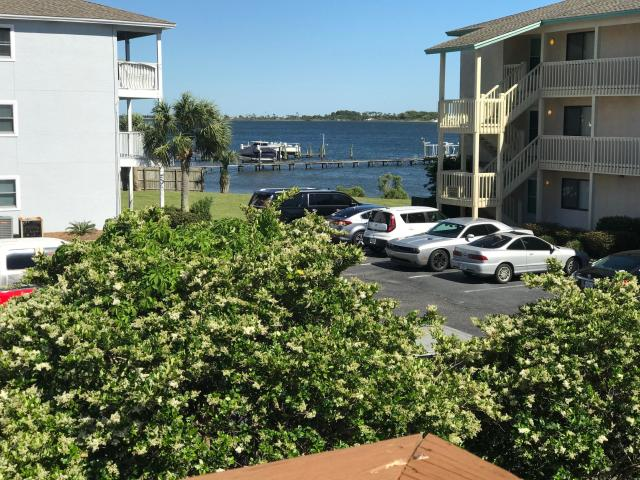 483 MARKER COVE MARY ESTHER FL