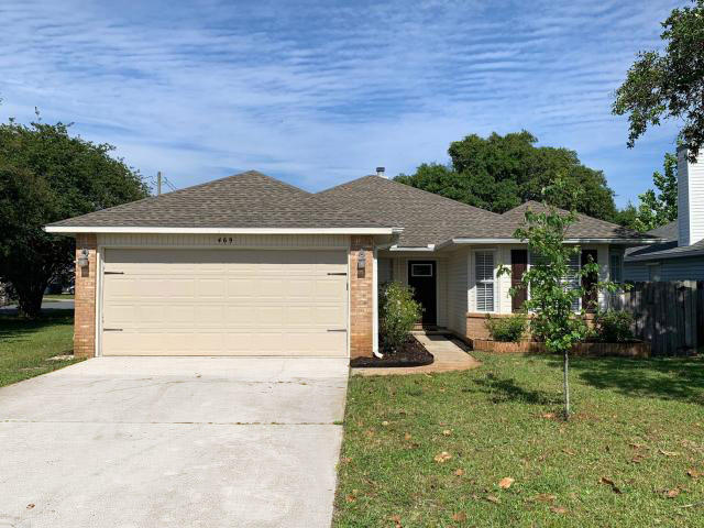 469 PARK DRIVE W MARY ESTHER FL