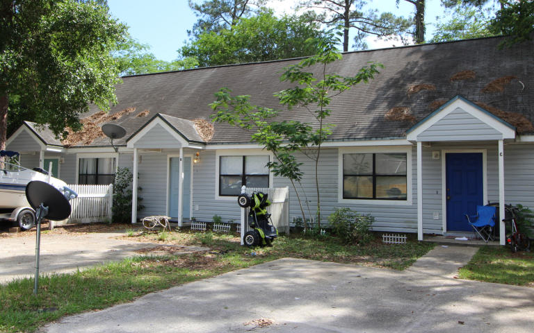 1002 PINEVIEW BOULEVARD UNIT A, B, AND C FORT WALTON BEACH FL