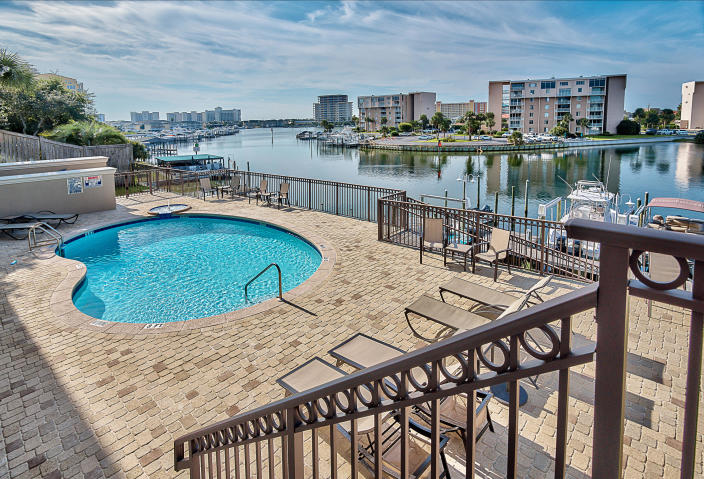 724 HARBOR BOULEVARD UNIT 102 DESTIN FL