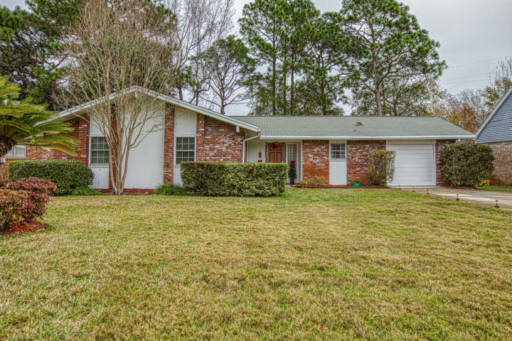 2 LAKEVIEW DRIVE MARY ESTHER FL