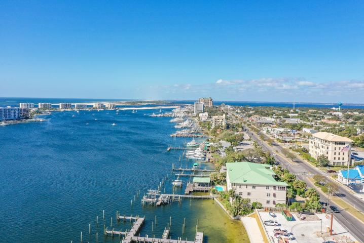 602 HARBOR BOULEVARD UNIT 201 DESTIN FL